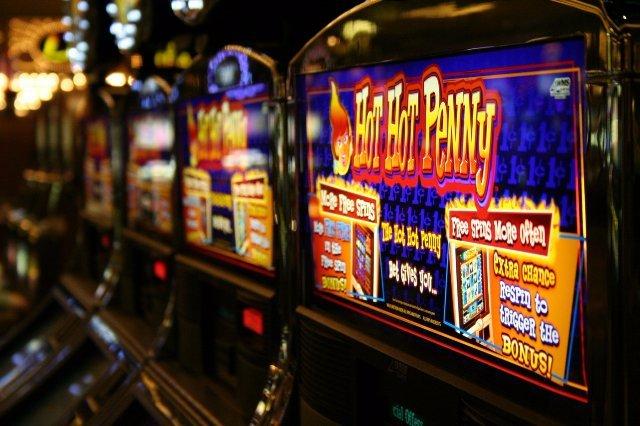 Отзывы пользователей об азартном портале Azino